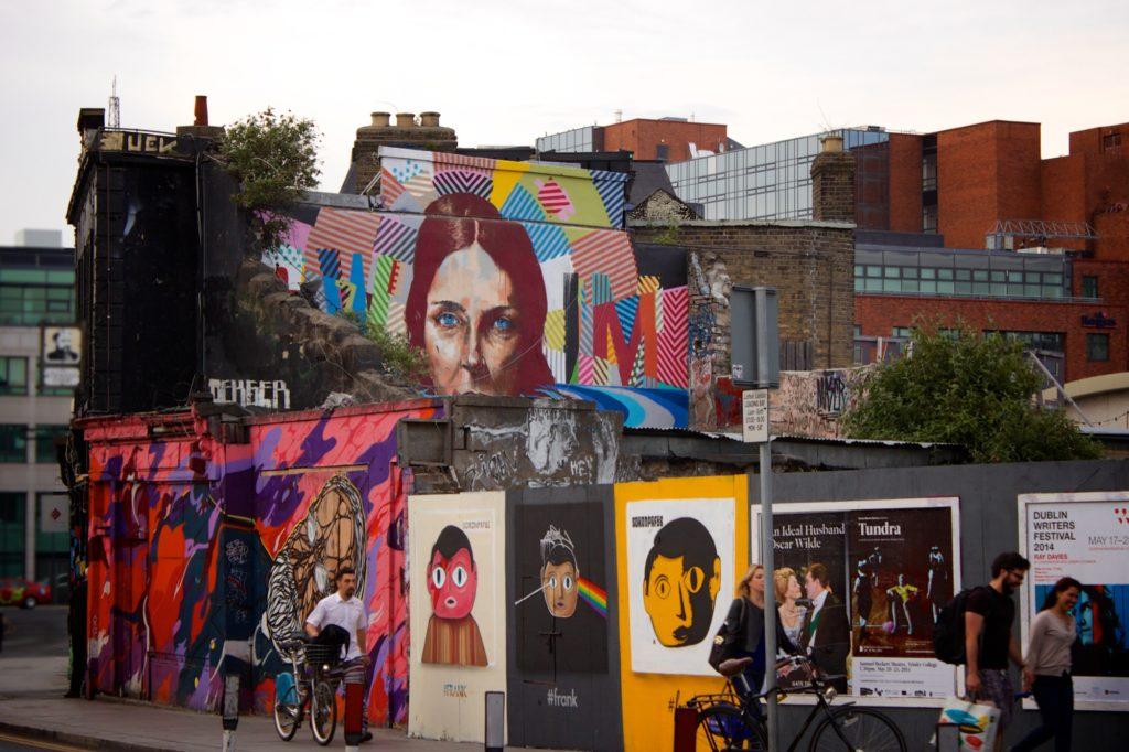 city-people-art-sidewalk
